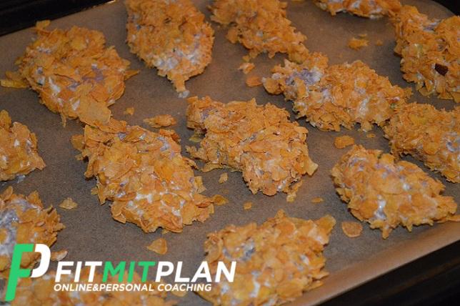 Chicken Nuggets mit Knoblauch-Dip_Zubereitung_Fitness_Rezept