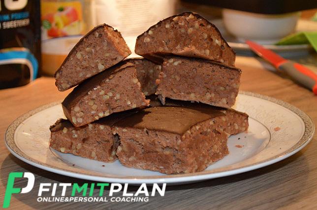 Protein Brownies selber backen - Serviervorschlag
